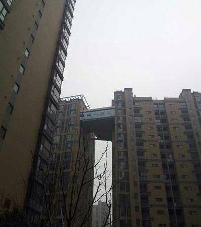 """西安""""最牛天桥""""两楼空中架走廊,完爆北京最牛别墅"""