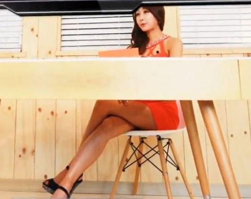 韩国补习班推火辣女教师,学生还能专心听课么?