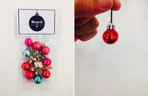 圣诞节英国某公司推出这个很Gay的胡须小彩球,结果卖的很好
