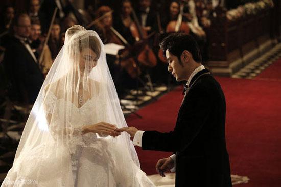 重温男神周杰伦昆凌童话般的婚礼现场图