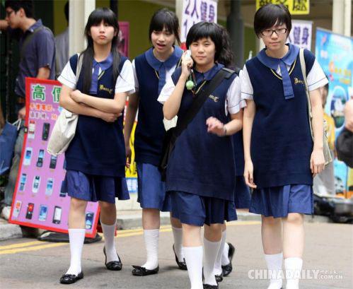 中国校服的百年变迁 是每一代人的青春记忆