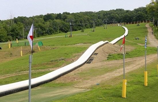 全球最长水滑梯:美国乐园打造600米长水滑梯