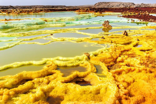 世界上色彩最艳丽的自然景观