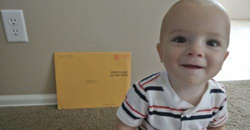返老还童?1岁宝宝收到奥巴马夫妇的101岁生日信件