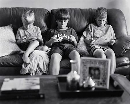当手机从照片中被剥离,生活还是现在这样吗?