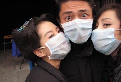 冬季雾霾天气戴口罩需注意