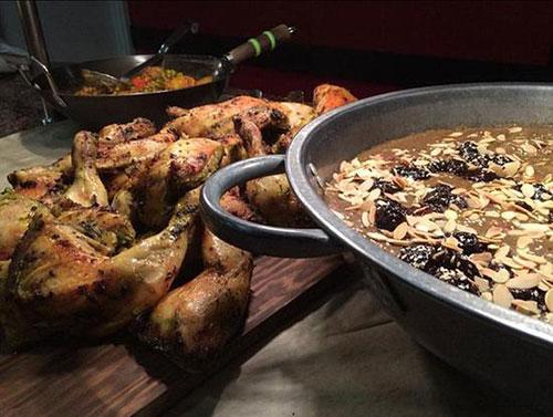 揭秘英国贵族中学餐厅 奢华堪比米其林酒店
