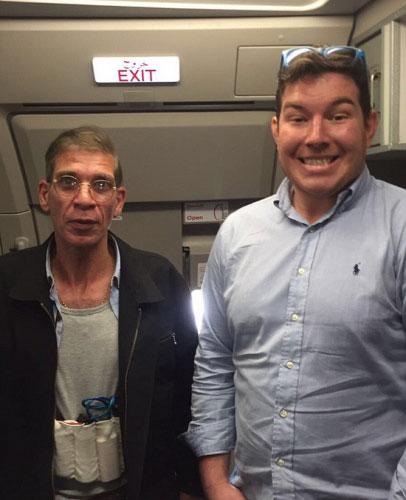 """作死!乘客晒与劫机者合影 哪些自拍""""要脸不要命""""?"""