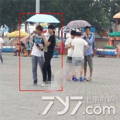 王俊凯助理朋友圈曝光 直呼TFBOYS为掏粪引网友不满